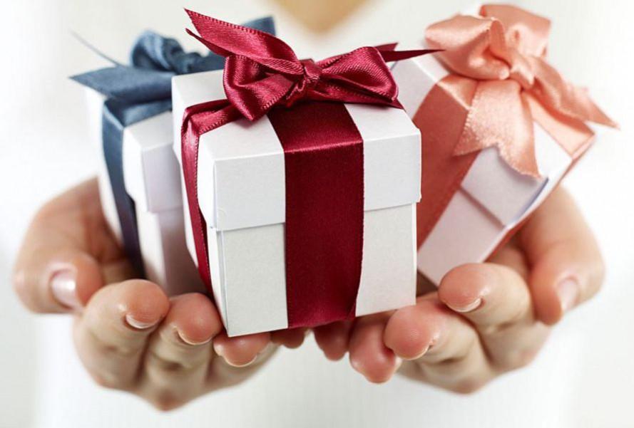 premium corporate gifts singapore